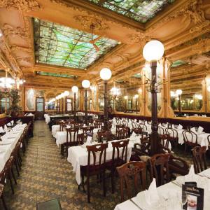 Brasserie Julien in Paris: not 15 minutes from the Eurostar